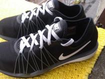 Adidasi, Nike, mar 38 (24 cm) made in Vietnam