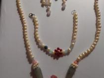Set complet de perle pietre semipretioase si argint