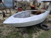 Barca pentru Dunare sau mare