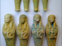 8 statuete egiptene din teracota arsa