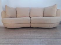 Canapea ovala