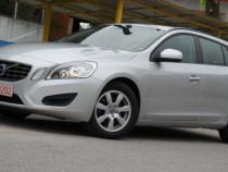Volvo V60 d3 EURO 5 - an 2011 luna 7, 2.0d (Diesel)
