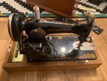 Masina de cusut Vintage ruseasca