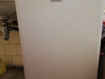 Mașina de spălat rufe cu încărcare verticala Electrolux