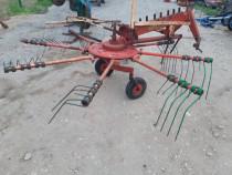 Greblă după tractor