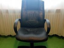 Scaun birou din piele negru calitate superioara