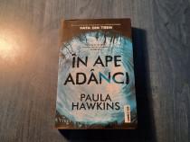 In ape adanci Paula Hawkins
