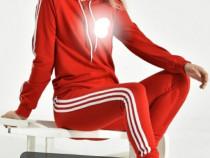 Trening dama Adidas cu tricou cadou
