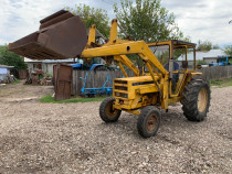 Tractor Renault 652 TD cu incarcator frontal
