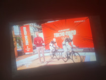 Tv samsung curved UHD TV. HDMI