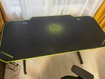 Birou și scaun gaming ultradesk și nitro concepts