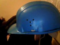 Casca de protectie duroplast de culoare albastra
