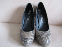 Pantofi din piele pentru dame