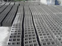 Boltari si spalieri din beton. Craiova Balast .nisip.sorturi
