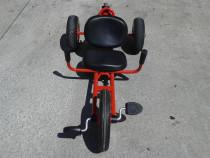 Tricicleta, tip kart, cu pedale
