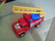 Masina de pompieri din plastic