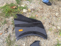 Aripa dreapta T5 negru