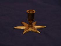 Sfesnic/suport lumanari, din bronz masiv, in forma de stea