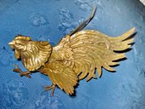 6318-Statuieta Cocos bronz masiv stare buna.