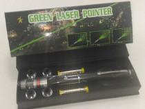 Laser verde 5 capete 2000mw baterii incluse