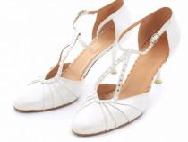 Pantofi mireasa, albi, marimea 39