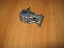 Incarcator portabil acumulatori Ni-cd/Ni-mh R3, R6 / AA, AAA