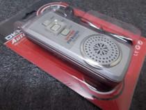 Miniradio fm portabil labaterie,casti,lanterna