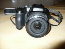 Foto Fuji Finepix s8200+geanta+card+baterii