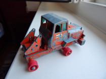 Macheta epava motostivuitor tractor Hatra Matchbox King Size