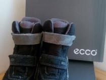 Cizme Ecco, impermeabile, cu blăniță, nr. 31