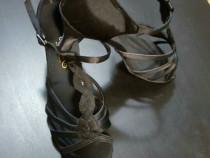 Sandale dans Latino