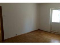 Nemobilat.Apartament 4 camere ,Zona Nerva Traian.