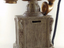 Pusculita sub forma de telefon cu ceas vintage