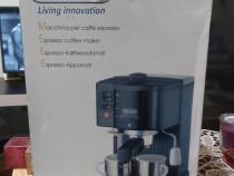 Espresso caffee maker DeLonghi