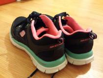 Adidasi skechers memory 36