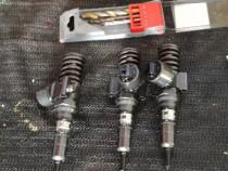Injectoare seat leon 2.0 diesel cod 03g130073g