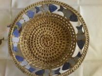 Cos rachita cu pestisori din ceramica