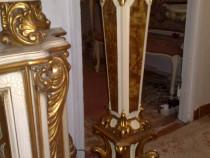 Piedestal stil baroc,sf sec, 19,lemn sculptat,cu patina.