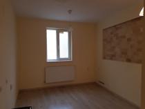 Apartament cu 2 camere si 200 mp de teren in Centru