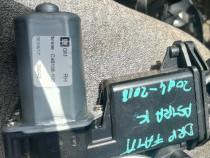GD-558LF / C07521-102 motoras dreapta fata opel astra K