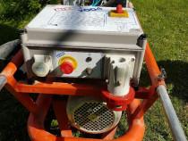 Compresor de aer pentru siloz tencuieli