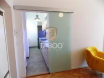 Apartament mobilat partial de 50 mp 2 camere central