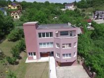Casa cu panorama superba Grigorescu