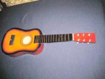 Chitara mica de copil lemn fara corzi si stativ stare buna.
