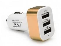 Adaptor Priza Bricheta 12-24V Auto 3 x USB Maro C181