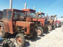 Tractor utb 446