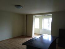 Casa cu etaj + 1731 mp teren  centrul Com. Ghiroda zona zero