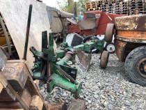 Plug 2 brazde reversibil mecanic Ptr tractor de 45 cp