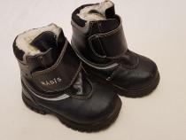 Ghete piele naturală , cizme imblănite Rådis, mărimea 22.
