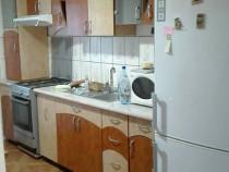 Apartament Trei camere zona POLITIEI